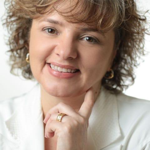 Dra. Angélica Pacheco   Dermatologia Estética