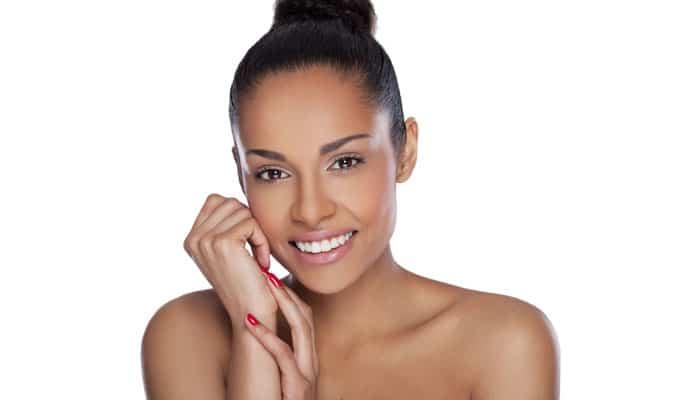 Rejuvenescimento de Colo e Mãos | Dra. Angélica Pacheco - Dermatologia Estética