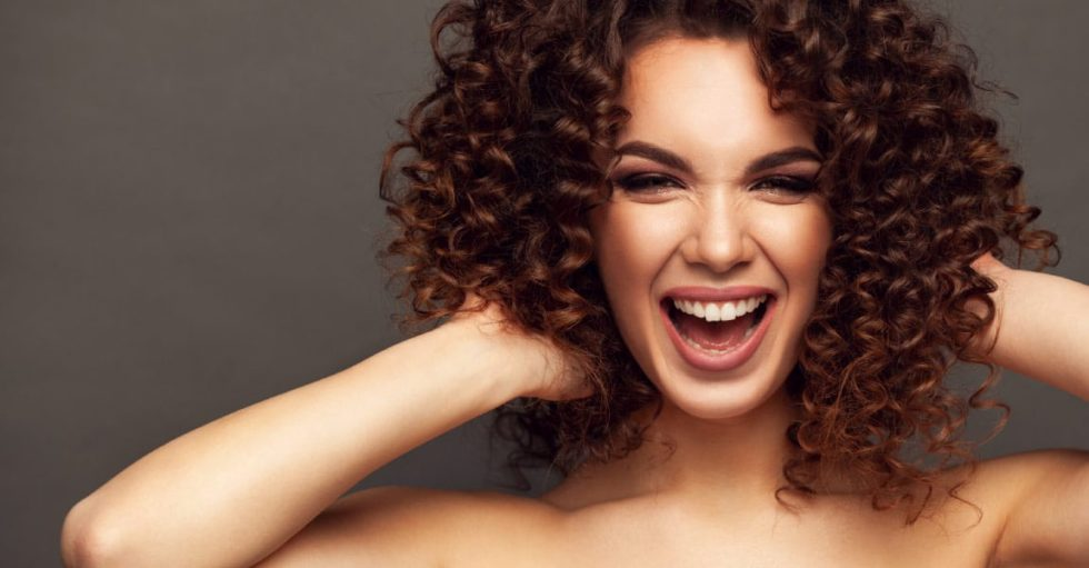 Intradermoterapia capilar: amenize a sua queda de cabelo