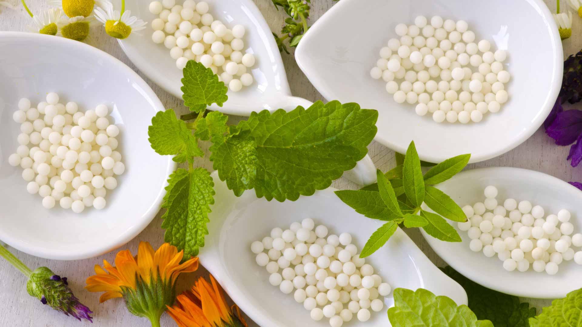 Como os medicamentos homeopáticos agem no organismo?
